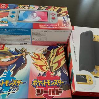 ニンテンドースイッチ(Nintendo Switch)のNintendo Switch Lite ザシアン・ザマゼンタ 新古品(家庭用ゲーム機本体)