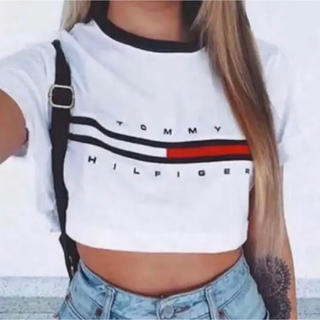 TOMMY HILFIGER - トミーヒルフィガー tommy Tシャツ へそ出し