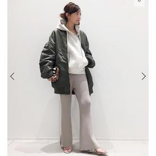 アパルトモンドゥーズィエムクラス(L'Appartement DEUXIEME CLASSE)のSlit Knit Pants  34(カジュアルパンツ)