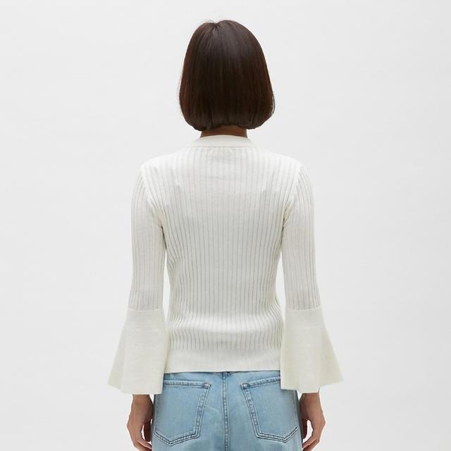 GU(ジーユー)のGU フレアスリーブニット レディースのトップス(ニット/セーター)の商品写真