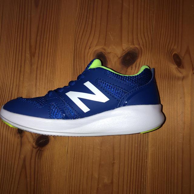 New Balance(ニューバランス)の新品 ニューバランス  スニーカー  17㎝ キッズ/ベビー/マタニティのキッズ靴/シューズ(15cm~)(スニーカー)の商品写真