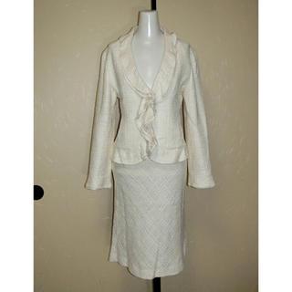 ストロベリーフィールズ(STRAWBERRY-FIELDS)のSTRAWBERRY ストロベリーフィールズ クリームベージュ系織り生地のスーツ(スーツ)