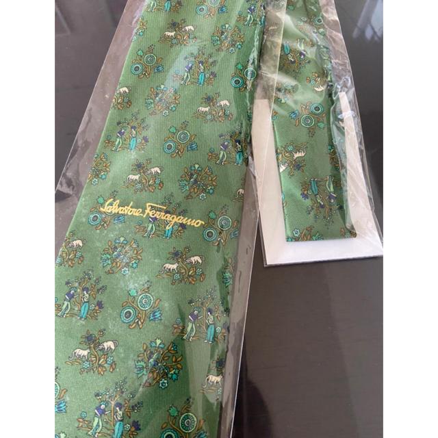 Salvatore Ferragamo(サルヴァトーレフェラガモ)のフェラガモ ネクタイ 新品 袋付き メンズのファッション小物(ネクタイ)の商品写真
