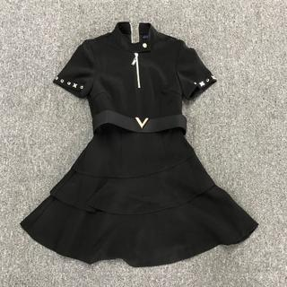 LOUIS VUITTON - Louis Vuitton ショートスリーブアシンメトリックドレス