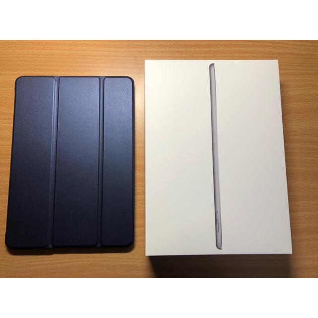 Apple(アップル)のiPad第6世代 2018 WiFiモデル 128GB 【値下げ】 スマホ/家電/カメラのPC/タブレット(タブレット)の商品写真