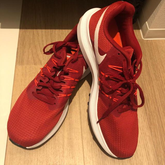 NIKE(ナイキ)の新品未使用 ナイキ Nikeランニングシューズ スポーツ/アウトドアのランニング(シューズ)の商品写真