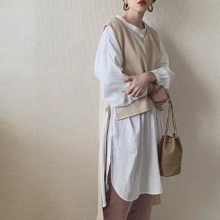 アンティローザ(Auntie Rosa)のアンティローザ*エコレザーミニ巾着バッグ(ハンドバッグ)