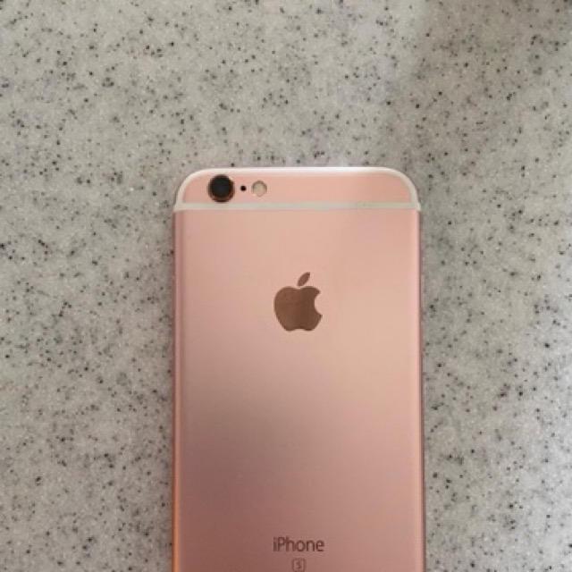 iPhone(アイフォーン)のiPhone6s 32GB 本体 ワイモバイル スマホ/家電/カメラのスマートフォン/携帯電話(スマートフォン本体)の商品写真