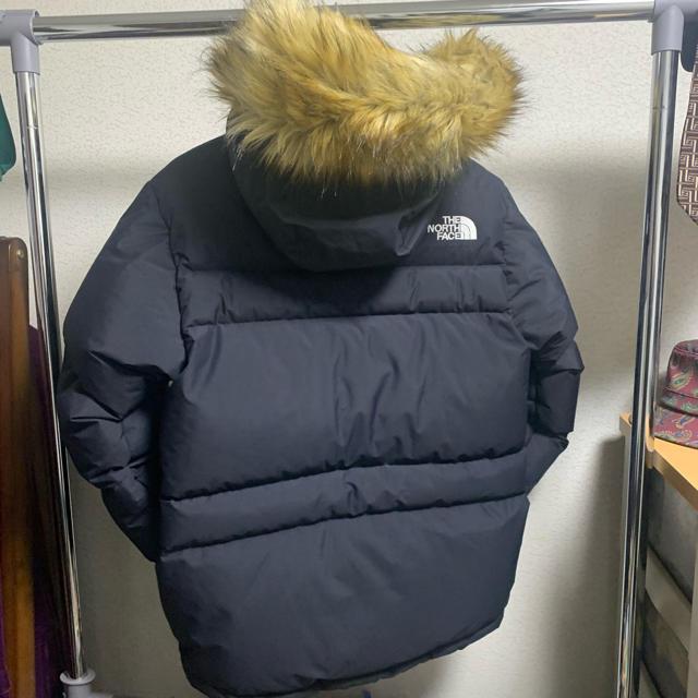 THE NORTH FACE(ザノースフェイス)のTHE NORTH FACE ノースフェイス ダウン 黒 Mサイズ  メンズのジャケット/アウター(ダウンジャケット)の商品写真