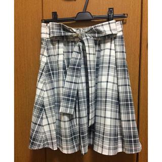 ビーラディエンス(BE RADIANCE)のリボン付きスカート(ミニスカート)