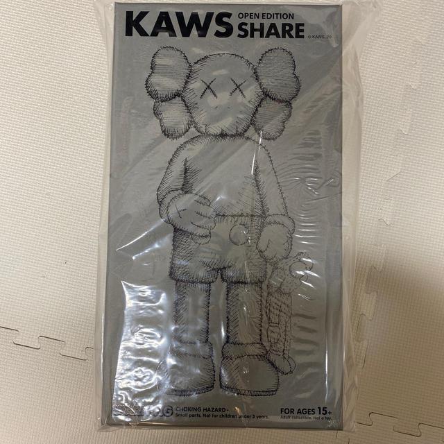MEDICOM TOY(メディコムトイ)のKAWS SHARE GREY カウズ シェア グレー ピンク エンタメ/ホビーのフィギュア(その他)の商品写真