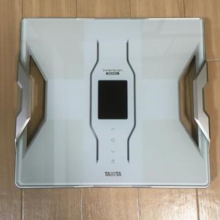 タニタ(TANITA)の新品、送料無料) タニタ RD-909 デュアルタイプ体組成計 インナースキャン(体重計/体脂肪計)