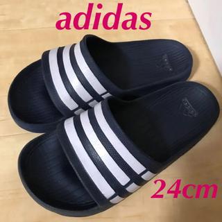 アディダス(adidas)のアディダス サンダル ネイビー 24cm(サンダル)