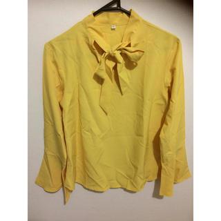 レディース シャツ イエロー 美品 リボンシャツ かわいい(シャツ/ブラウス(長袖/七分))