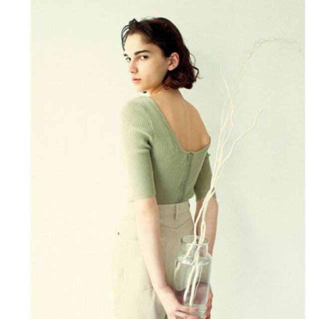 snidel(スナイデル)の新品 スナイデル オーガニックコットンハーフスリーブニット レディースのトップス(カットソー(半袖/袖なし))の商品写真