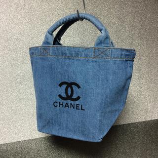 CHANEL - ブラックロゴ トート ノベルティ シャネル