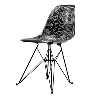 EAMES - PLEASURES × JOY DIVISION × MODERNICA 椅子