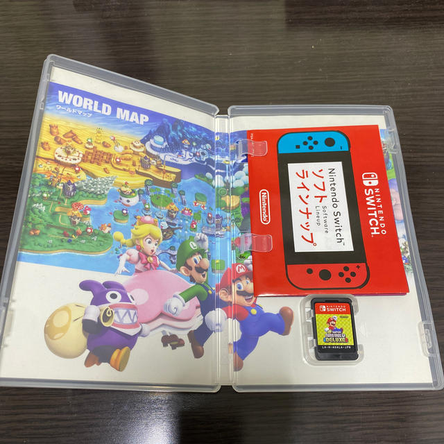 Nintendo Switch(ニンテンドースイッチ)のスーパーマリオブラザーズ U デラックス エンタメ/ホビーのゲームソフト/ゲーム機本体(家庭用ゲームソフト)の商品写真