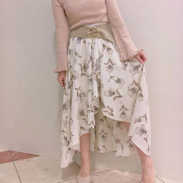 who's who Chico(フーズフーチコ)の花柄スカート レディースのスカート(ロングスカート)の商品写真