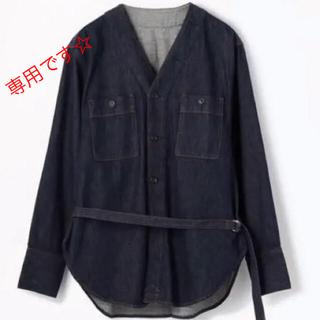 TOMORROWLAND -  MACPHEE  デニムVネックベルト付きシャツ/ジャケット