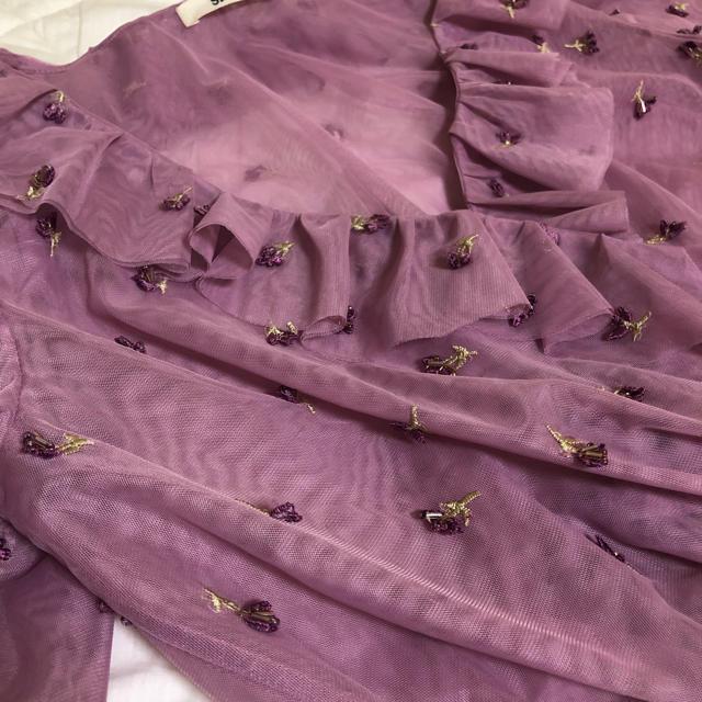 snidel(スナイデル)のチュール刺繍ブラウス レディースのトップス(カットソー(半袖/袖なし))の商品写真