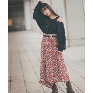 レディアゼル(REDYAZEL)のレディアゼル 幾何学模様 スカート(ロングスカート)
