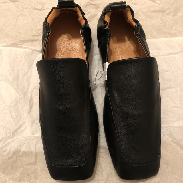 Mila Owen(ミラオーウェン)のミラオーウェン   ローファー ブラック レディースの靴/シューズ(ローファー/革靴)の商品写真