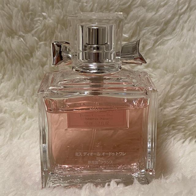 Dior(ディオール)のMiss Dior EAU DE TOILETTE 50ml コスメ/美容の香水(香水(女性用))の商品写真