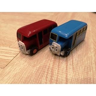 タカラトミーアーツ(T-ARTS)のカプセルプラレール トーマス トーマス(バーティー)とバーティーのセット(電車のおもちゃ/車)