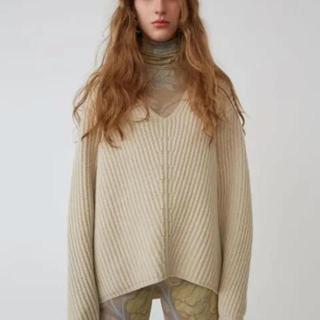 アクネ(ACNE)のアクネ  ホワイトウールセーター(ニット/セーター)