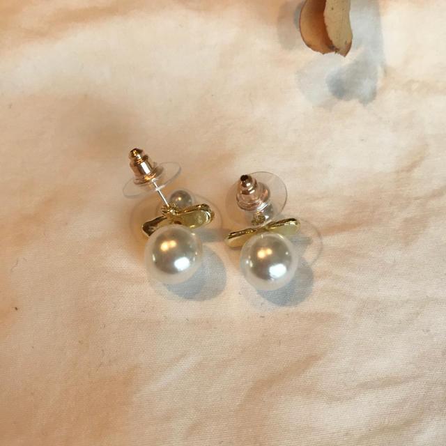 ZARA(ザラ)のstick perl pirece レディースのアクセサリー(ピアス)の商品写真