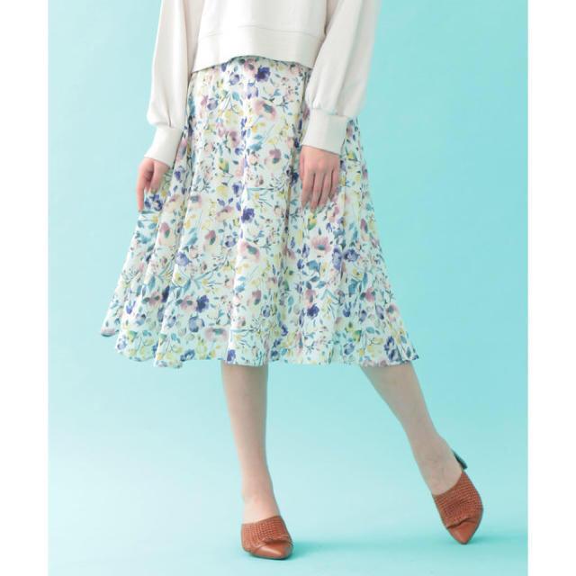 JILL by JILLSTUART(ジルバイジルスチュアート)のジルバイジルスチュアート ボカシブルームフレアスカート レディースのスカート(ひざ丈スカート)の商品写真