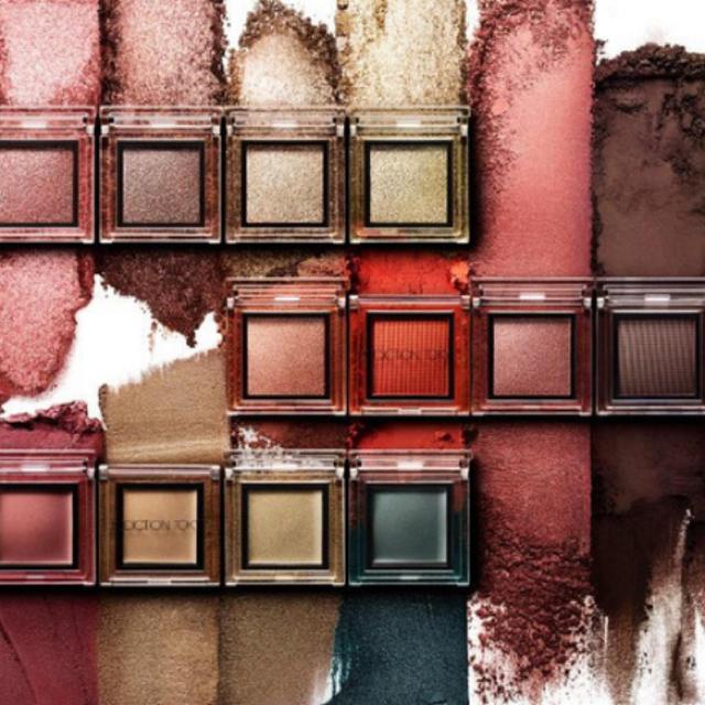 ADDICTION(アディクション)のアディクション 限定 アイシャドウ サマーコレクション 5個セット 限定色 コスメ/美容のベースメイク/化粧品(アイシャドウ)の商品写真