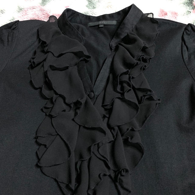 ANAYI(アナイ)のLauren様専用/美麗⭐️【ANAYI】アナイ フリルデザインカットソー レディースのトップス(カットソー(半袖/袖なし))の商品写真