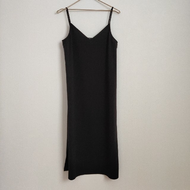 UNIQLO(ユニクロ)のキャミワンピ sizeM 黒  レディースのワンピース(ロングワンピース/マキシワンピース)の商品写真