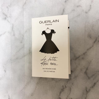 ゲラン(GUERLAIN)のゲラン ラプティットローブノワールオーデパルファン(香水(女性用))