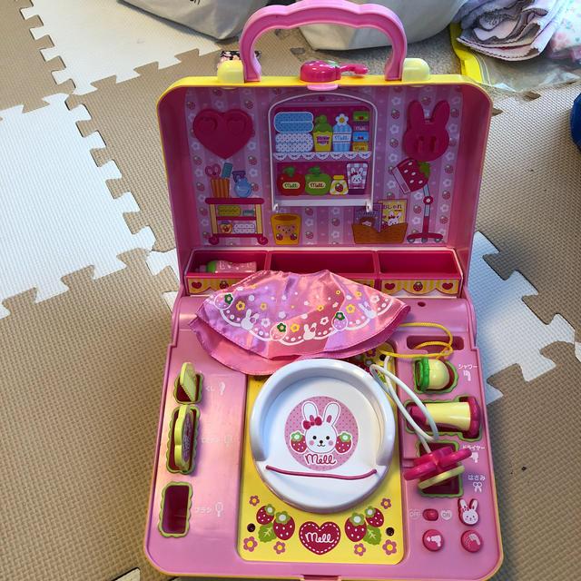 PILOT(パイロット)の専用ですメルちゃんおしゃべりいっぱいいちごのびようしつ キッズ/ベビー/マタニティのおもちゃ(知育玩具)の商品写真