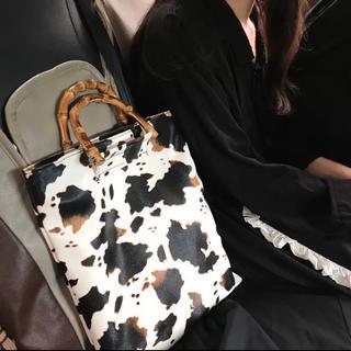 Ameri VINTAGE - ヴィンテージ 牛柄 ハンドバッグ