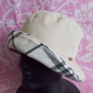 バーバリーブルーレーベル(BURBERRY BLUE LABEL)のバーバリーBurberry リバーシブル帽子(ハット)