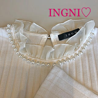 INGNI - イング♡ハイネック スタンドフリル トップス