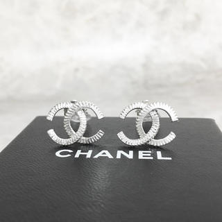 CHANEL - 正規品 シャネル イヤリング シルバー ココマーク 銀 ねじれ ロゴ チェーン