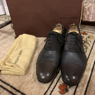 ルイヴィトン(LOUIS VUITTON)の美品 LOUIS VUITTON ルイヴィトン ドレスシューズ  革靴 8 M(ドレス/ビジネス)