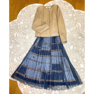 VIAGGIO BLU - 6万円⭐️美品❤️ビアッジョブルーウエストペプラム高級ラムレザージャケット