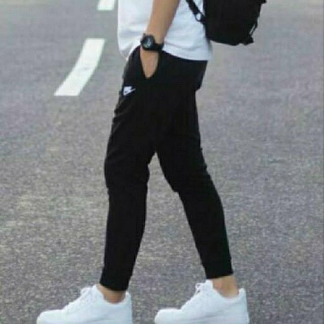 NIKE(ナイキ)のNIKE 新品  フレンチテリー スウェット ジョガーパンツ S メンズのパンツ(その他)の商品写真