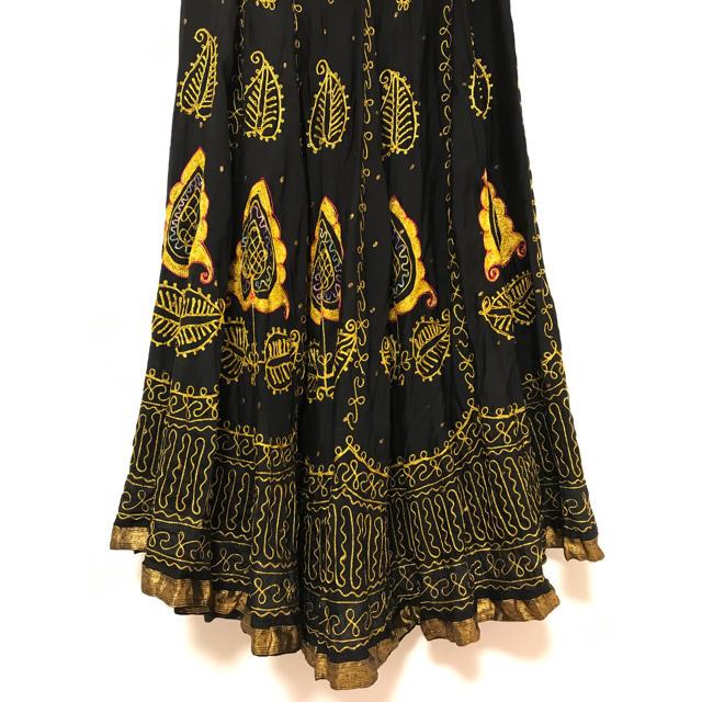 DRIES VAN NOTEN(ドリスヴァンノッテン)のヴィンテージ インド製 ハンドメイド スカート 刺繍 シルク ブラック ゴールド レディースのスカート(ロングスカート)の商品写真