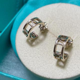 Tiffany & Co. - 美品tiffany アトラスミニフープピアス