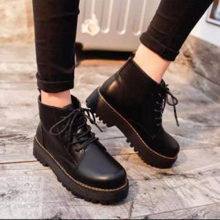レディース 厚底 ショートブーツ ブーツ 美脚効果 ブラック