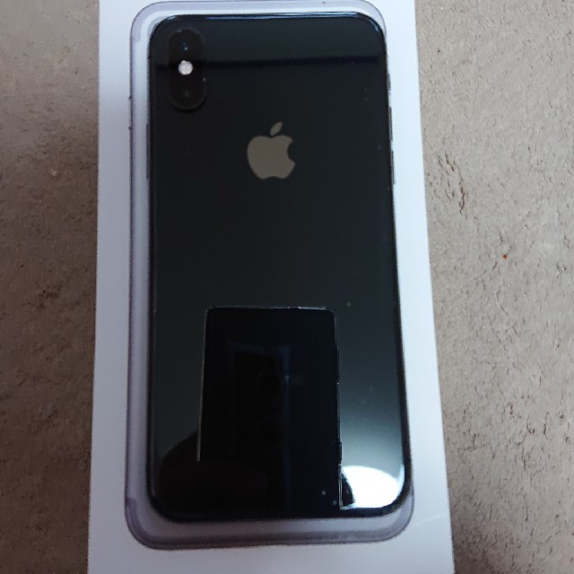 iPhone(アイフォーン)のチャトラ様専用。 スマホ/家電/カメラのスマートフォン/携帯電話(スマートフォン本体)の商品写真