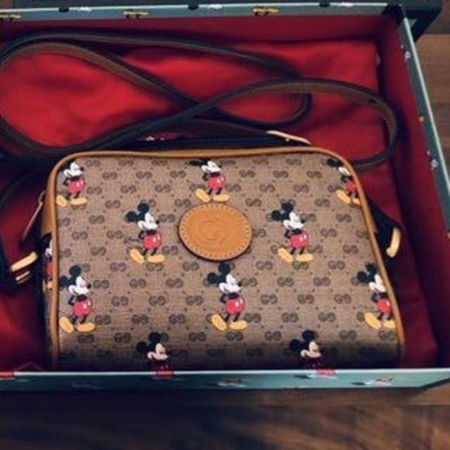 腕 時計 ヴィンテージ レディース 偽物 、 Gucci - ディズニー x GUCCI グッチ ショルダーバッグの通販