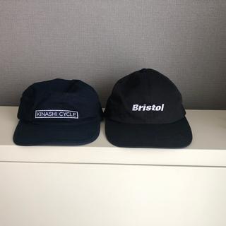 エフシーアールビー(F.C.R.B.)のBristolと木梨サイクルstarterコラボキャップセット 限界値下げ(キャップ)